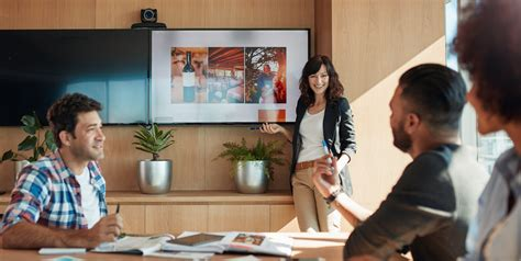 7 Amazing Sales Presentation Examples (& How to Copy Them)
