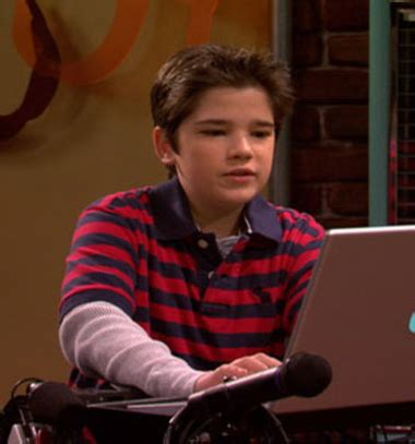 """Freddie benson from """"icarly"""" is a total babe now"""