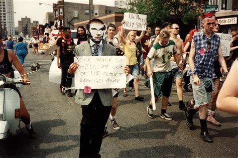 Queercore – How to Punk a Revolution - ZITTY