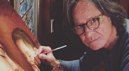 Mohamed Hadid Height, Weight, Age, Body Statistics