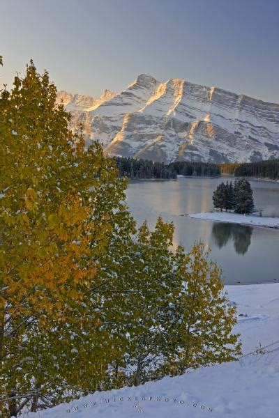 Scenic Two Jack Lake Mt Rundle Fall Picture Banff National