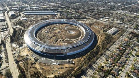 At Apple's new headquarters, price is no object   Stuff